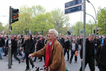 Hans-Christian auf der revolutionären 1. Mai Demonstration 2013