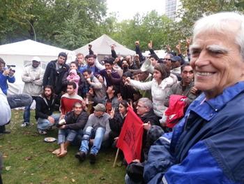 Bei der Flüchtlingskarawane auf dem Oranienplatz