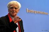 Stellungnahme von Hans-Christian Ströbele vor der Bundespressekonferenz
