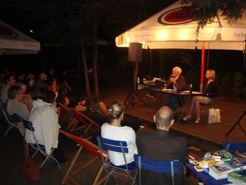 Podiumsdiskussion im Pavillion Volkspark Freidrichshain