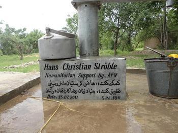 Der Brunnen trägt die Inschrift seines Spenders